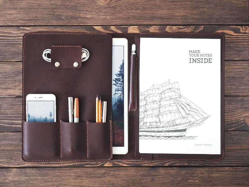 Inside Gift iPad Pro 12.9 Leather Sleeve and Organizer