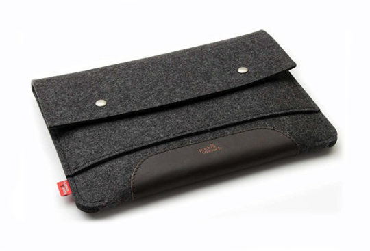 Pack & Smooch iPad Pro 12.9 Sleeve in Dark Felt