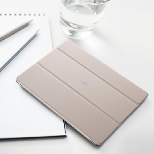 Poetic Slimline Case for iPad 9.7 released in 2018