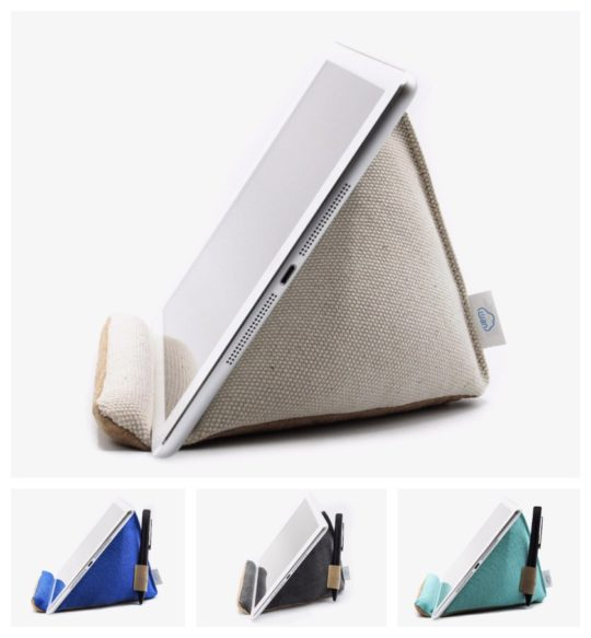 Wan Living Natural Series pillow iPad stand with pencil holder