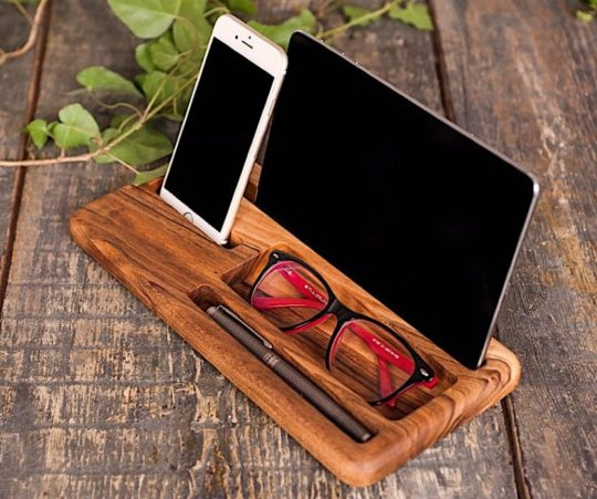 Wooden office stand organizer for Apple iPad and iPhone