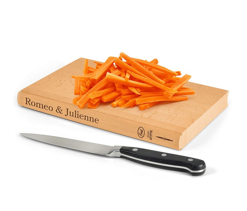 Kitchen accessories book-themed - Romeo and Julienne cutting board