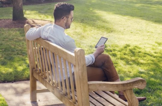 2019 basic Kindle model is a perfect reading companion