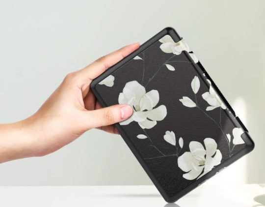 Beautiful floral Kindle smart shell case from MoKo - fits 10th-generation entry-level Kindle model