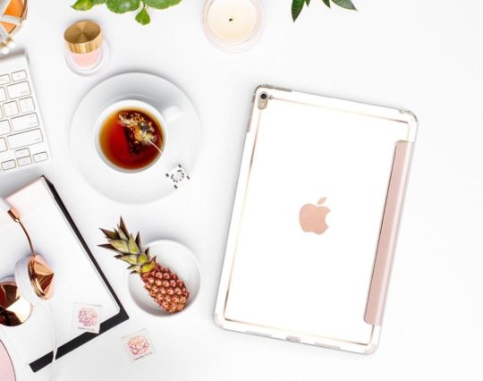 Best iPad Pro 11 cases - Cliques Shops White and Gold