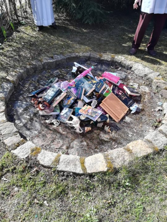 Book-burning in Poland - Harry Potter Twilight - March 2019
