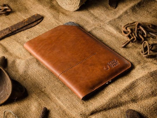 Personalized genuine leather and felt iPad mini 5 sleeve