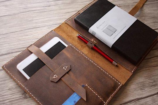 Custom hand-stitched Apple iPad Pro leather case