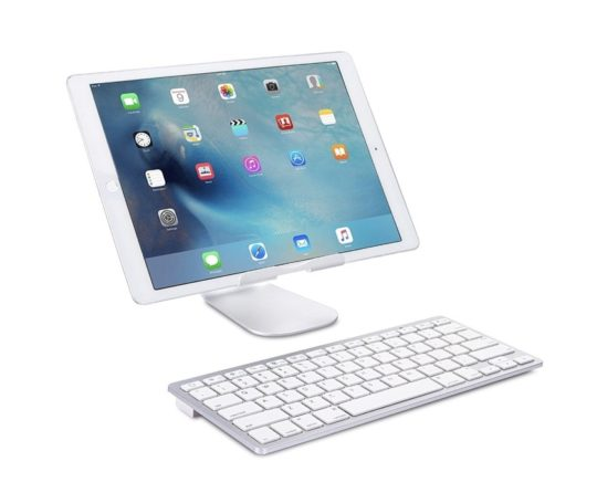 Long battery life Bluetooth keyboard - perfect for iPad