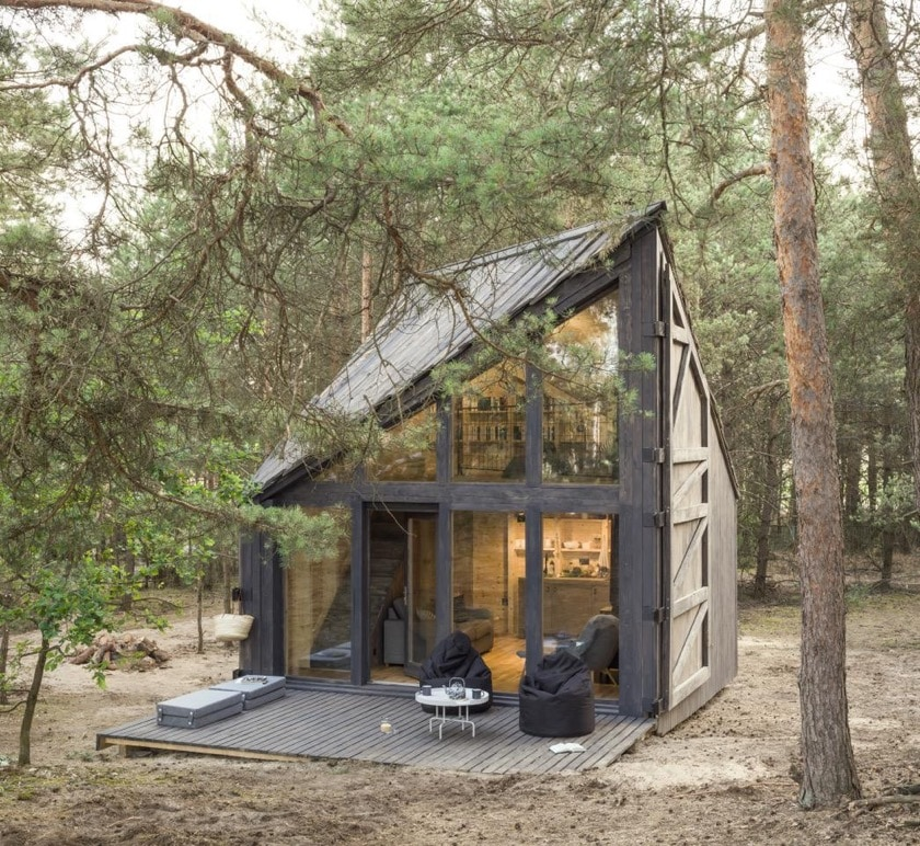 Bookworm Cabin in Poland - outside