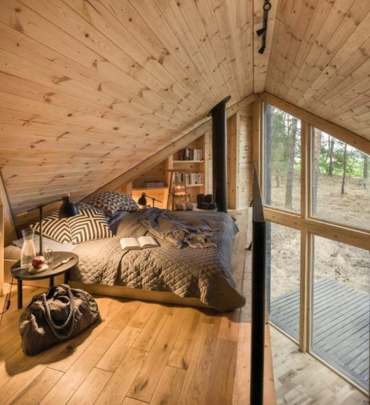 Bookworm Cabin in Poland
