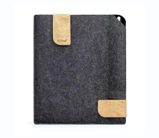 Handmade felt iPad Air 3 sleeve with Apple Pencil holder
