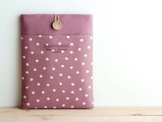 Polka dot Fire HD 10 cotton sleeve