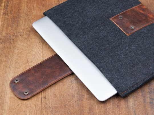 Premium dark felt and leather Fire HD 10 sleeve