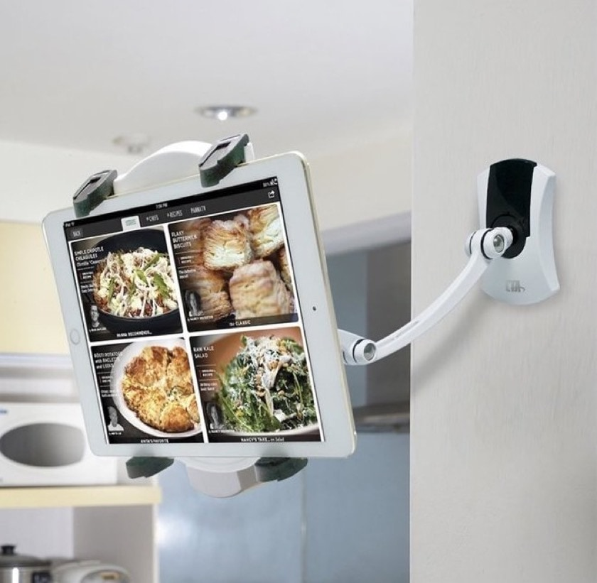 Quick-release wall mount for Amazon Fire and other tablets