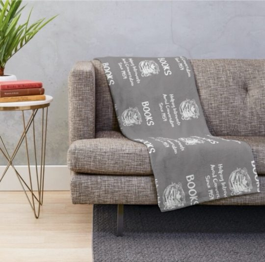 Books for introverts throw blanket - gifts for book lovers