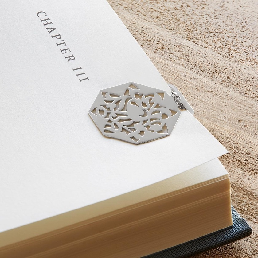 Necklace and bookmark 2-in-1