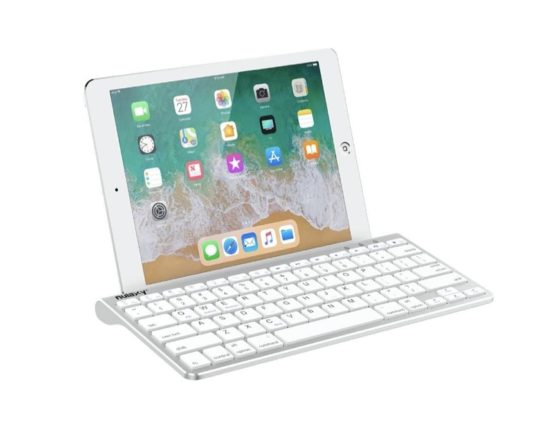 Desktop-style keyboard for iPad with built-in stand