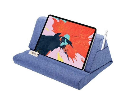 Foldable pillow iPad stand with palm rest