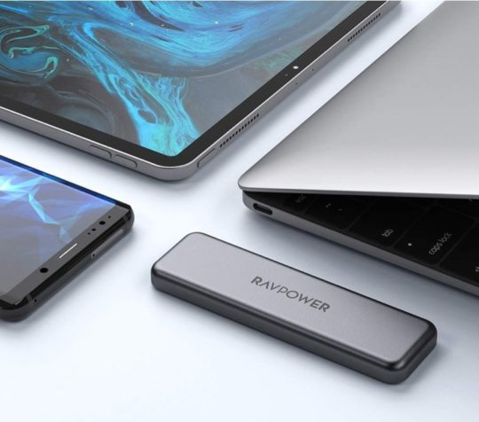 Shockproof slim 512 GB flash drive - best iPad Pro accessories
