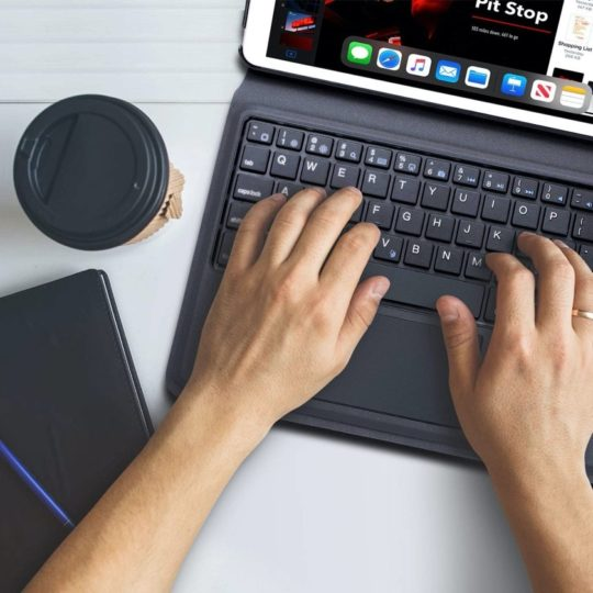 iPadOS compatible keyboard case with touchpad - best for writing
