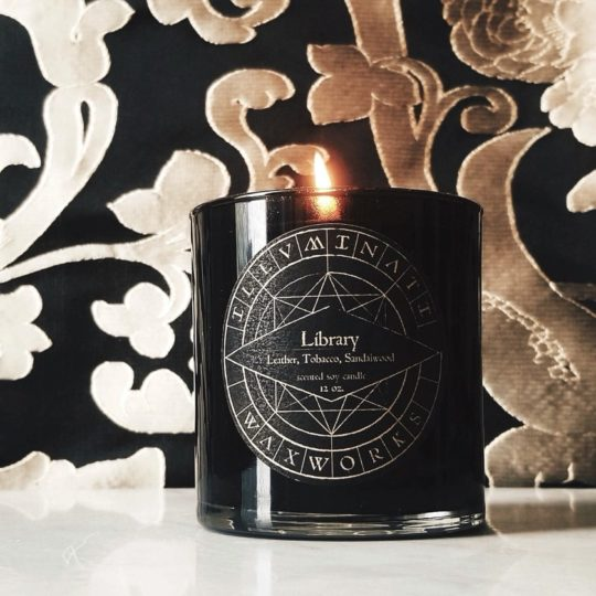 Dark-themed library candle - best gifts for him