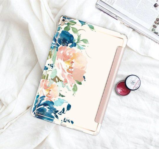 Clique Shops designer iPad Pro 11 case cover