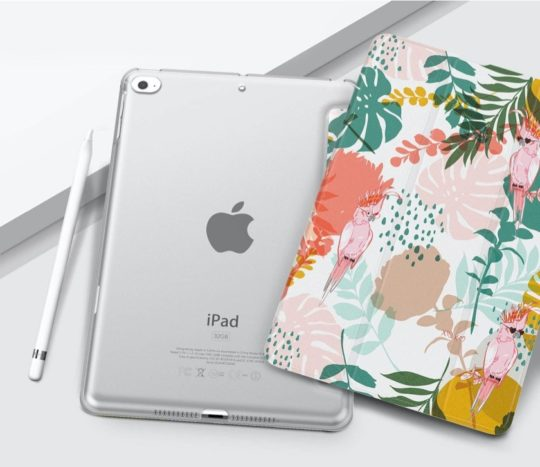 MoKo floral iPad mini 5 case with translucent back