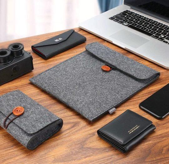 Best iPad Pro felt sleeve with organizer