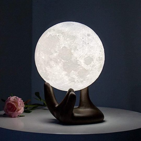 Moon light - reading nook accessories