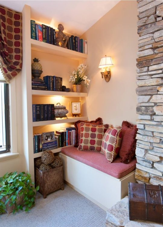 Reading nook near the window by DK Interiors