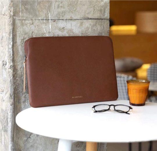 Waterproof faux-leather sleek iPad Pro zipper sleeve