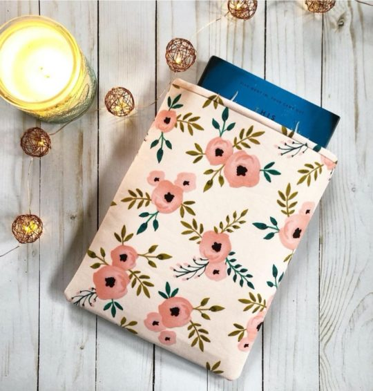 Book sleeve with floral pattern - best gifts for mom