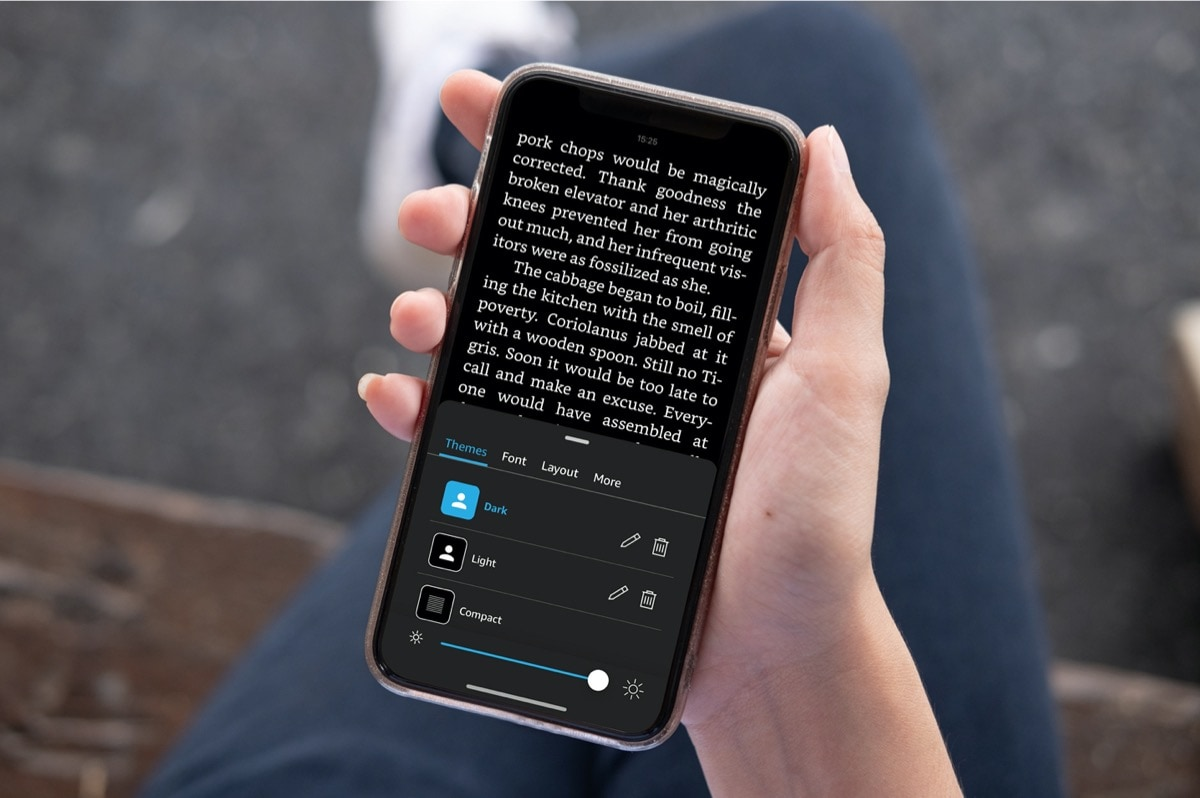 Kindle for iPhone – a quick trick to turn dark mode on and off