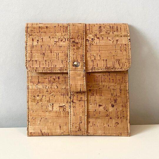 Eco-friendly Kindle Oasis vegan cork sleeve
