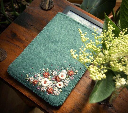Hand embroidered Kindle Paperwhite 4 wool felt sleeve