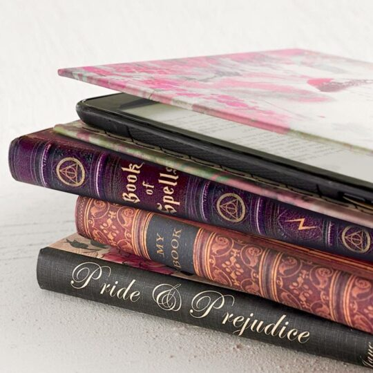 Vintage booklike Kindle Paperwhite covers by KleverCase