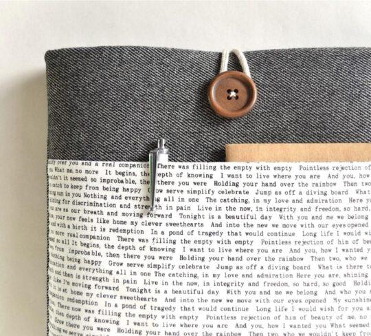 Words cotton liken Kindle Oasis sleeve