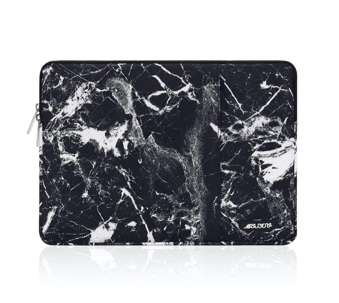 Fashionable black marble iPad Pro 11 sleeve