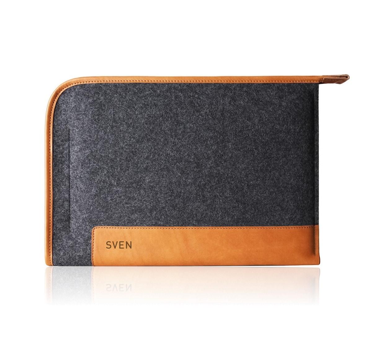 Personalized iPad Pro 11 zipped felt sleeve