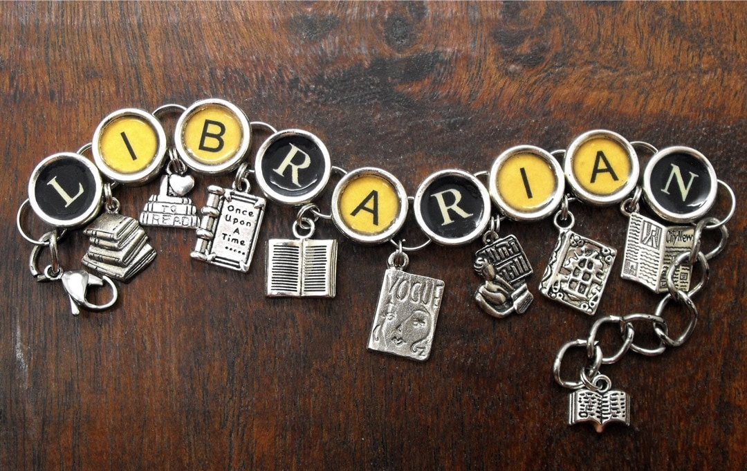 Librarian old typewriter necklace - best gifts for library lovers