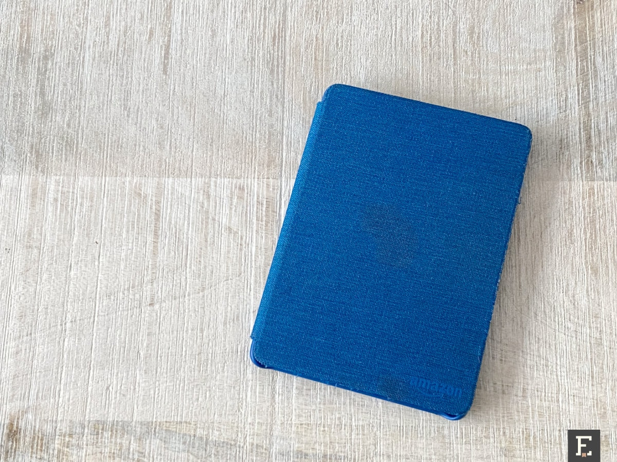 Old Kindle fabric case - current condition front