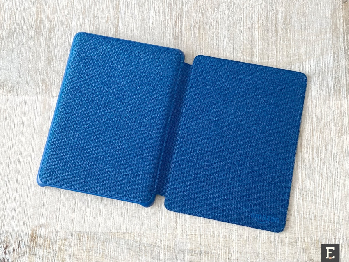 Old fabric Kindle case after renewal - front and back